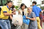 PNJ gives Tet gifts to poor