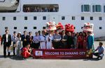 First international visitors arrive in Da Nang