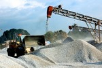 New decree elaborates mineral mining rules