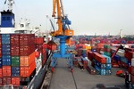 VN exports surge 21% this year