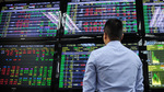 Shares mixed on changing money inflow