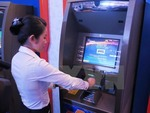 More Vietnamese people to access formal financial services