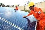 Banks race to fund green energy projects