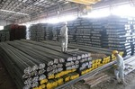 VN maintains tariffs on imported steel