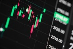 Large-cap stocks drive market forward