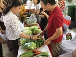 Consumers should learn about food safety to protect themselves: seminar