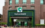Vietcombank to sell 10% stake to foreign investors