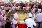 Biggest rice pan in Viet Nam record set