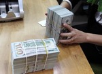 SBV building currency reserves