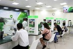 Vietcombank sells shares to fund capital hike