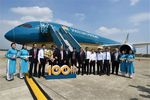 Vietnam Airlines adds Dreamliners to 100-strong fleet