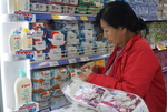 Products keep selling out in attractive Saigon Co.op promotion programme