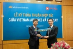 Vietnam Airlines offers FPT Play for passengers on domestic flights
