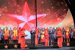 Sacombank CEO receives Red Star Award