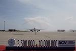 Vietjet takes 10 millionth passenger to Khanh Hoa from Seoul