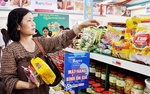 Ha Noi ensures supply of essential goods for Tet