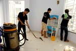 Tet demand drives up prices of house cleaning, pet care services