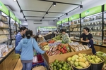 Organic food chain opens new store in HCM City