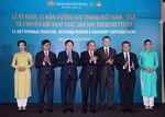 Prime Minister asks Vietnam Airlines to provide better services