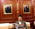 International press hails Viet Nam-origin billionaire