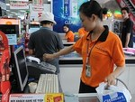 Cashless payment posts double-digit growth