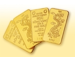 Local gold price hits seven-year peak amid trade tensions