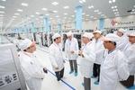 Yangon delegation visits Vinsmart factory