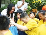 Sacombank brings cheer to the disadvantaged during Tet