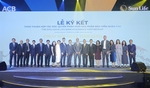ACB ties up with Sun Life Vietnam to develop bancassurance