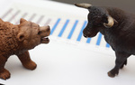 Shares narrow fall thanks to large-caps