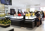 Jewellery firm loses as stores close for virus fight
