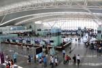 Minister of transport calls for resumption of international flights