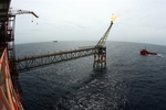 """PetroVietnam stands firm amid """"double crisis"""""""