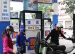 Petrolimex profit falls to five-year low