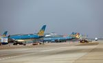 Vietnam Airlines launches new services on Ha Noi-HCM City route