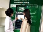 Shares lose steam, VN-Index struggles to break 1,400 threshold