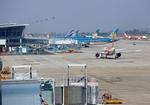 Ten of 20 localities respondto aviation authority's flight resumption plan, Ha Noi seeks clarification