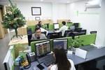 VN-Index drops despite bank stocks surging