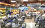Saigon Co.op retail systems continue to cut prices on 10,000 more essential, COVID-prevention products