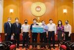 Hana Bank donates VND6 billion to COVID-19 vaccine fund