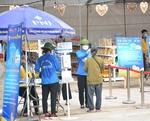 Ha Noi's first 'zero dong mini supermarket'goes online