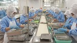 Seafood industry urges COVID vaccination soon for its workers as exporters struggle