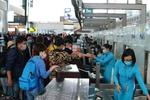 Airlines split on implementing floor price