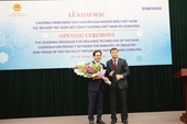 Samsung helps Viet Nam train 200 moulding technicians