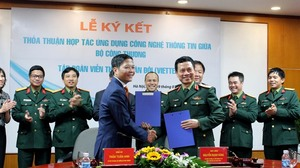 MoIT, Viettel sign agreement to boost e-governance, e-commerce