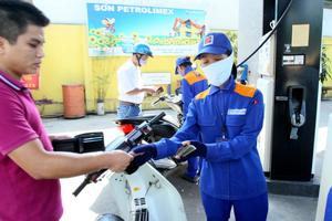Petrol price rises by VND434 per litre
