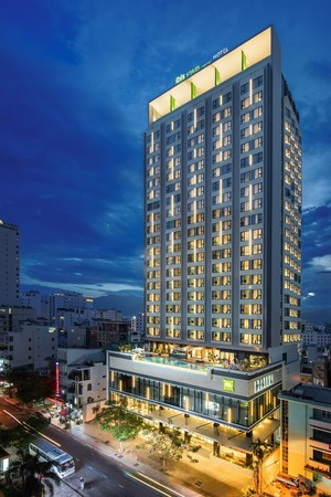 New economy hotel adds colour to Nha Trang
