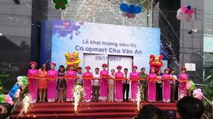 New Co.opmart opens in HCM City's Binh Thanh District