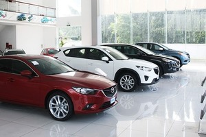September auto sales up, changing domestic market share