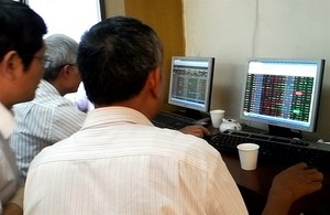 VN stocks extend gains for 2nd day
